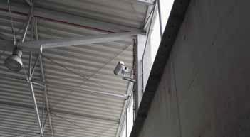 Zabudowana pod dachem kamera obrotowa LAND ARC skanująca magazyn RDF.